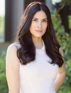 Hispanic Beauty Ambassador Elizabeth Ulloa