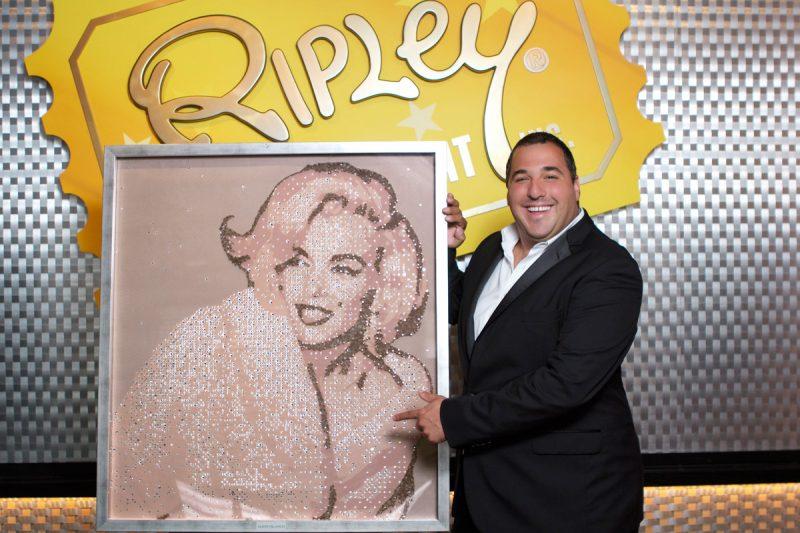Mateo Blanco con Marilyn Monroe