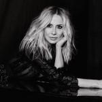 """Marta Sánchez la """"reina del pop español"""" se presenta en Miami"""